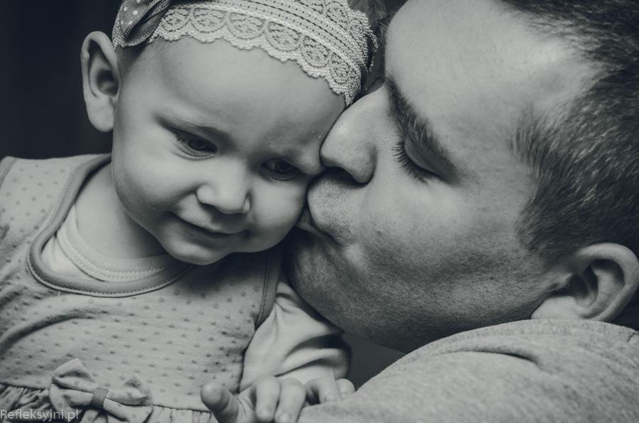 Sesja rodzinna dziecko z tatą Ostrów Mazowiecka