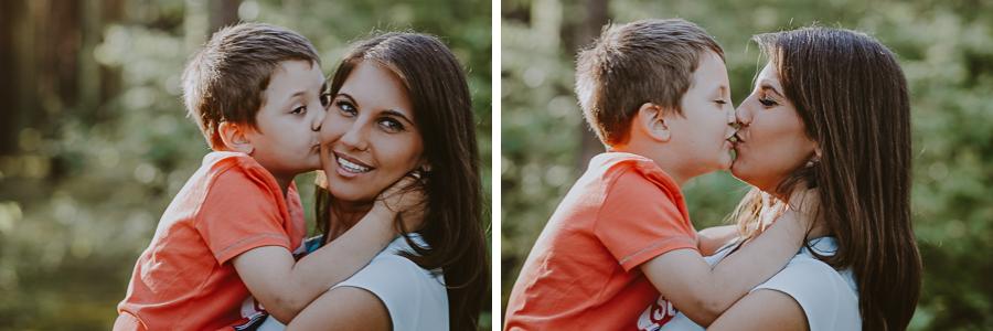 Chłopiec z mamą