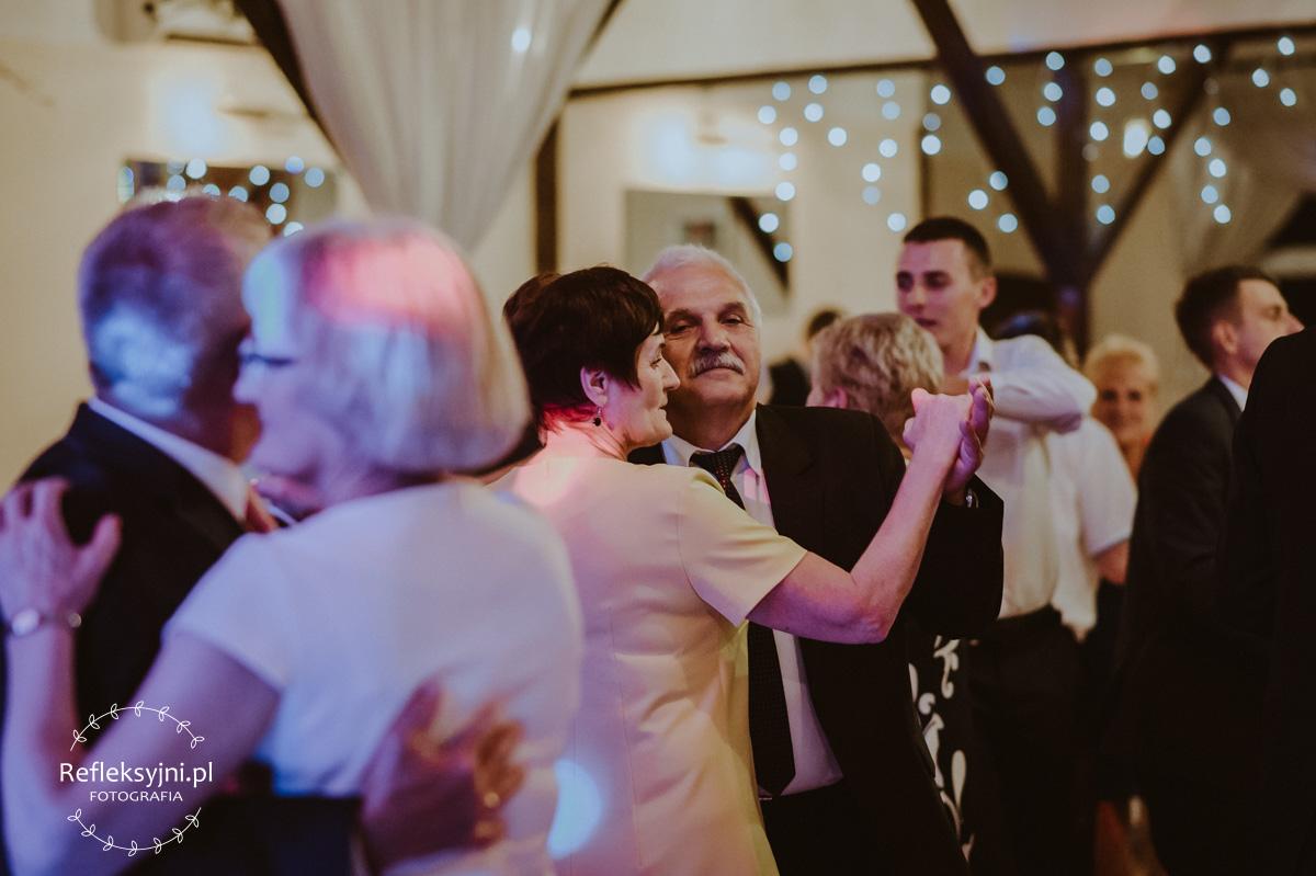 Pan tańczy z Panią