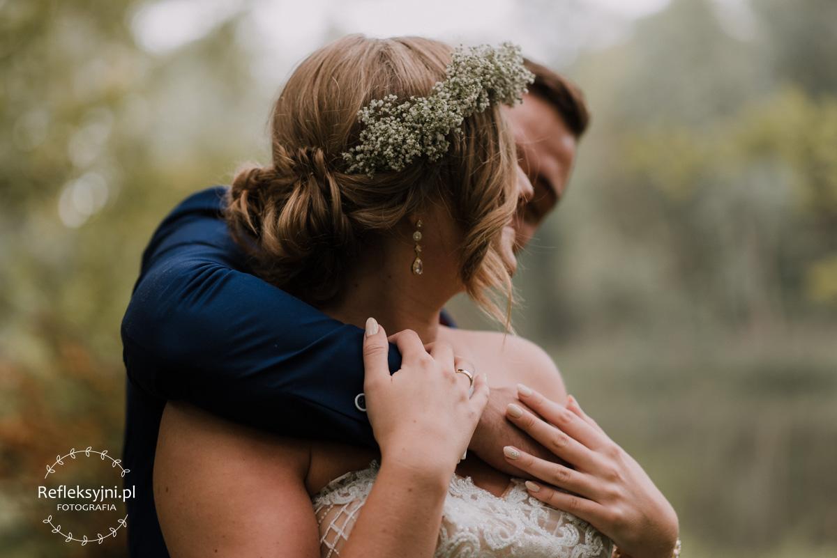 Para Młoda w romantycznej Arkadii i wianek