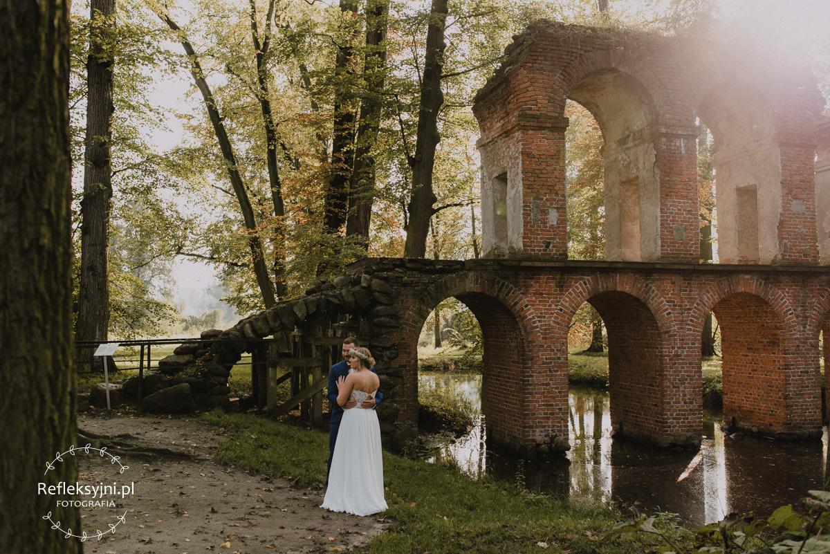 Para Młoda w Arkadii i akwedukt