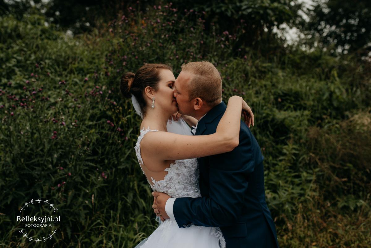 Sesja ślubna plenerowa Sadowne koło Broku