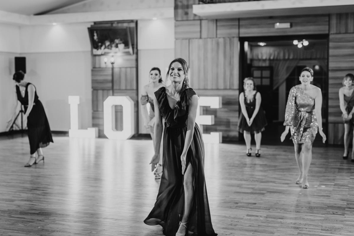 Zabawa weselna taniec niespodzianka