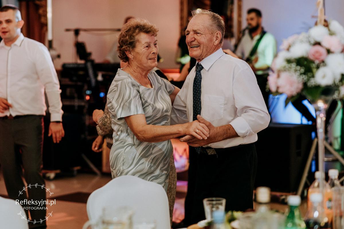 Tańczący Dziadkowie Państwa Młodych