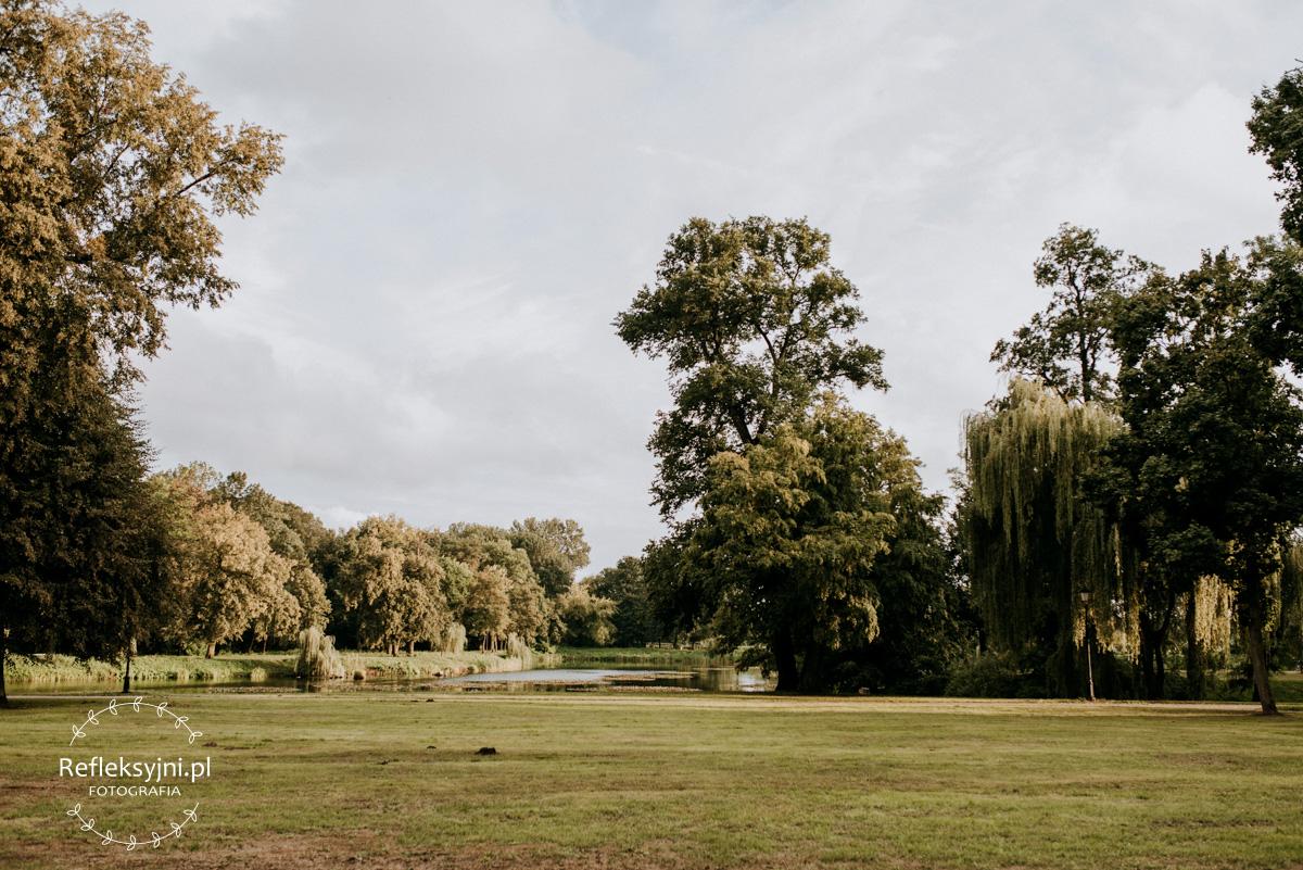 Ogród niedaleko Pałacu Jabłonowskich w Dęblinie