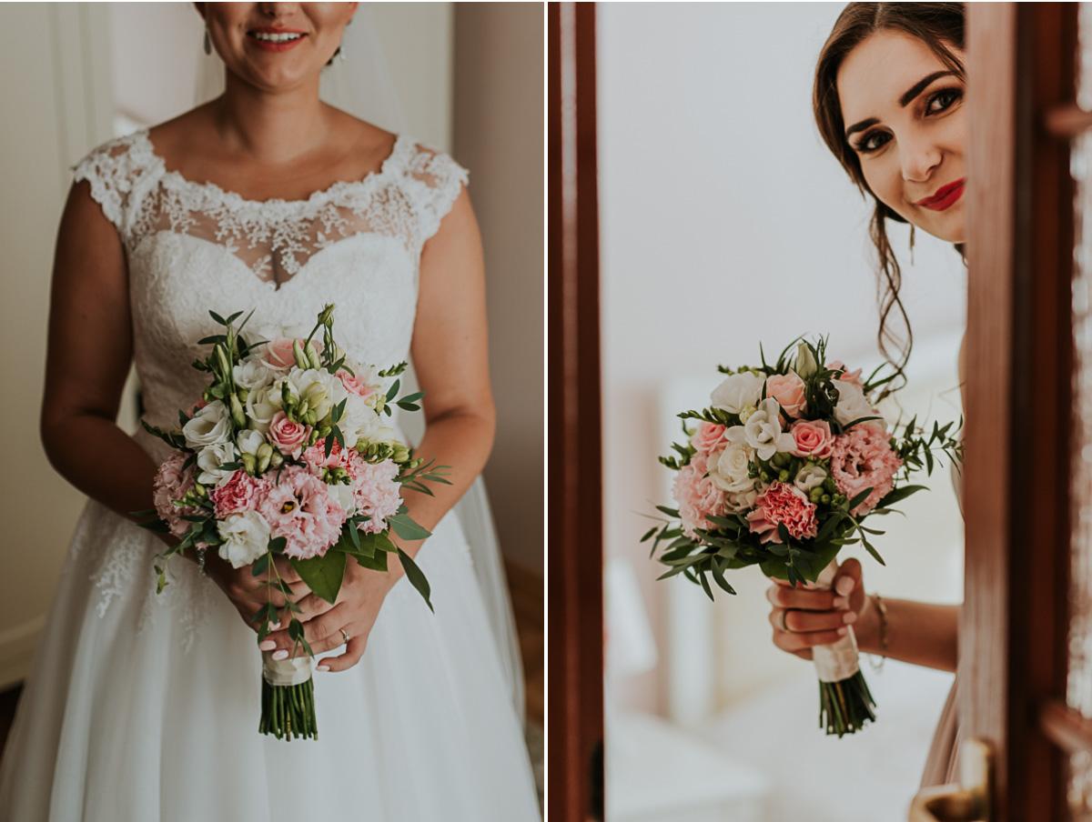 Na zdjęciu bukiet ślubny i świadkowa Pani Młodej