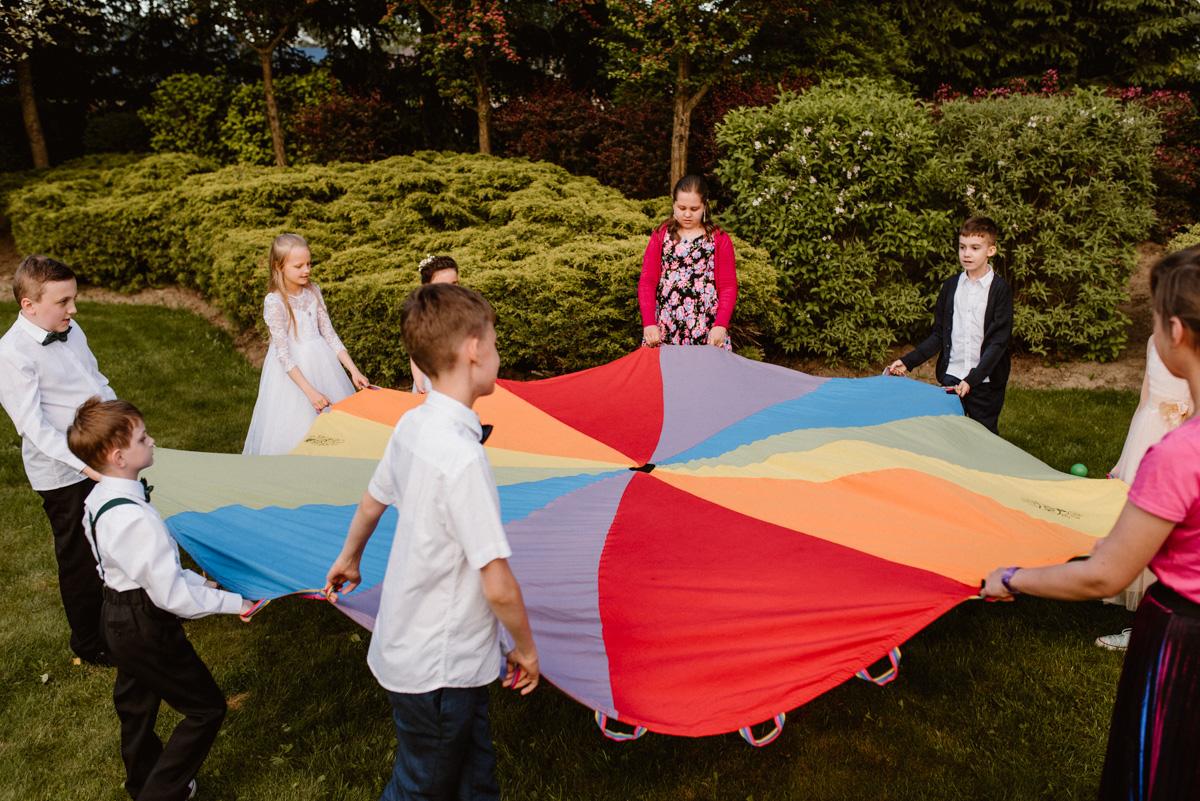 Zabawa weselna dla dzieci