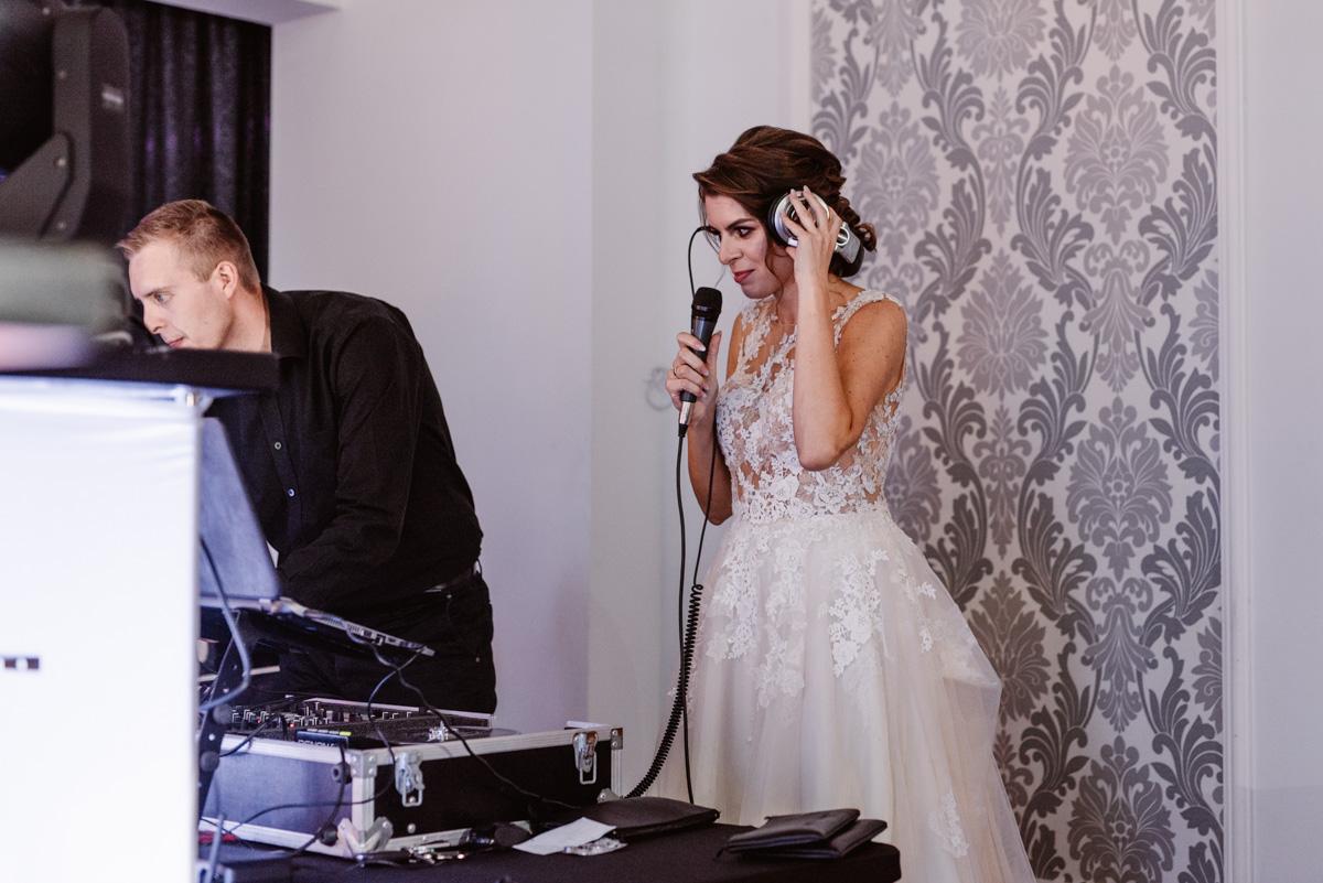 Zabawa weselna jaka to melodia