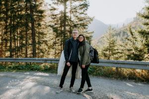 Para Młoda w drodze na Morskie Oko